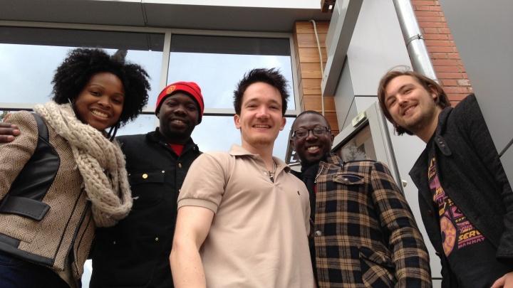 Новосибирцы, плохо знающие английский, боятся выезжать за границу