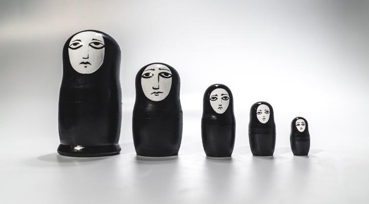Художник Sad Face установит в Перми гигантские бетонные матрёшки с грустными лицами
