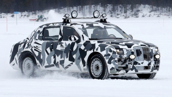 Новый автомобиль Путина: изучаем лимузин Aurus и его версии для народа