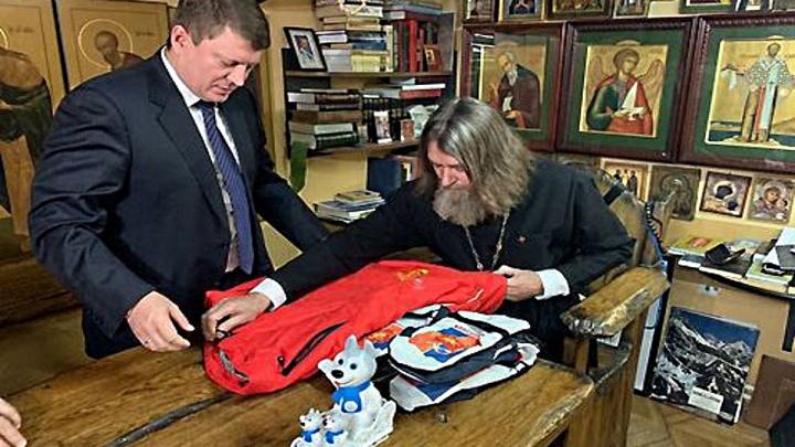 Федор Конюхов поедет в новое кругосветное путешествие с иконой красноярских мастеров