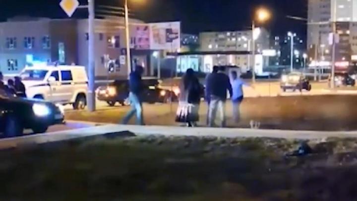 Появилось видео с места стрельбы на цыганской свадьбе в Волжском