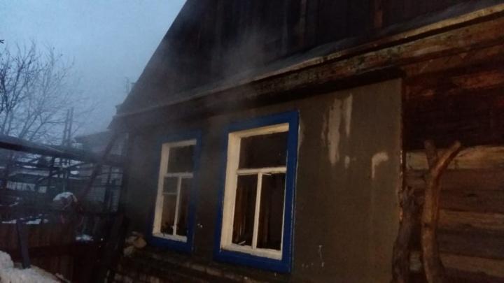 «К приезду МЧС дом уже весь полыхал»: на пожаре в Краснослободске погибли мужчина и женщина