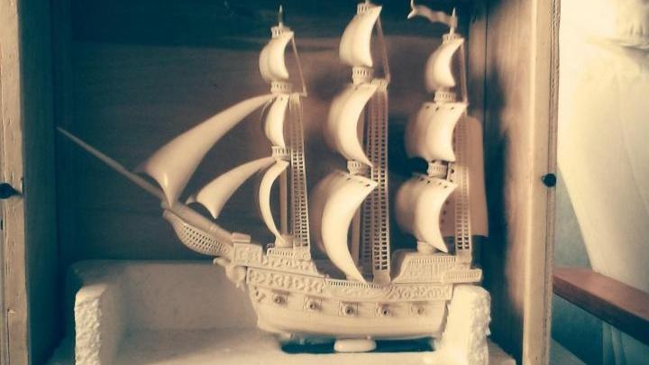 Уфимец выставил на продажу кораблик из кости мамонта за 750 тысяч рублей