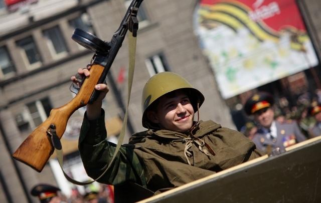 В Зауралье к благоустройству памятников к Дню Победы привлекут отряды «Юнармии»