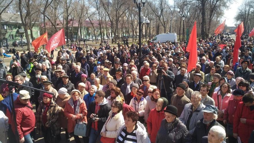 «400 человек без работы!»: самарцы вышли на митинг против сокращений на заводах