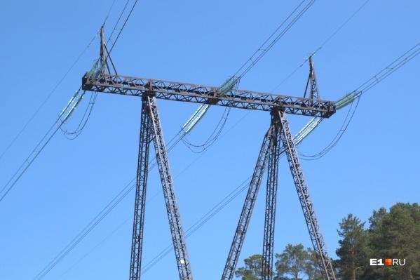 Без электричества остались 6900 человек