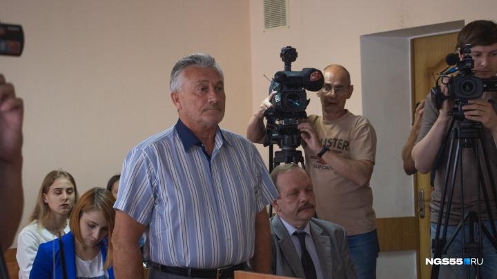 «Зарекомендовать себя в глазах Мединского»: начался суд над бывшим вице-губернатором Гребенщиковым