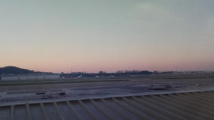 Из-за тумана пассажиров рейса Сочи — Пермь компании «Победа» держали в аэропорту 10 часов
