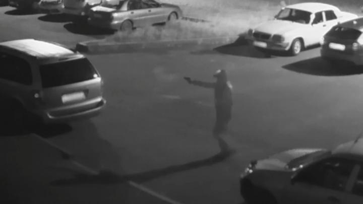 Это стрелял сосед: полицейские задержали мужчину, который ночью палил по припаркованной машине