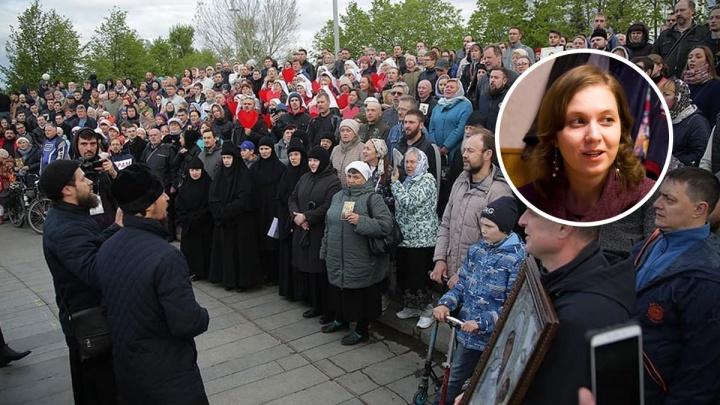 «Собор все равно построят, это дело сердца»: служитель храма Николая Чудотворца — о борьбе за сквер
