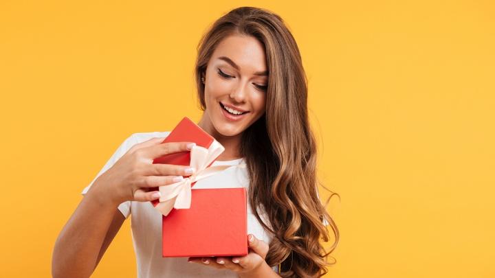 Единорожка любимым: подборка милых и недорогих подарков к февральским праздникам