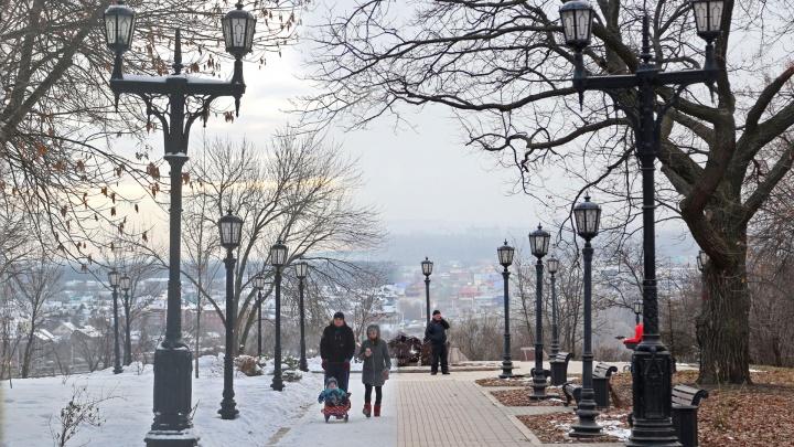 Две большие разницы: как встретила Уфа первый день зимы год назад