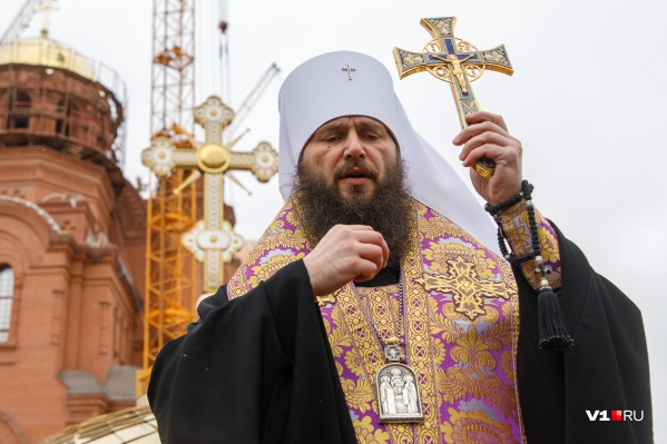 Крестный ход проследует до площади Павших Борцов, где верующие останутся на пасхальную вечерню