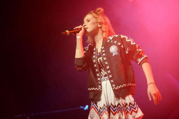 Лиза в этом году выпустила альбом и отправилась в тур по стране