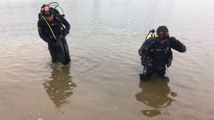 В Уфе водолазы очистили дно озера Кашкадан