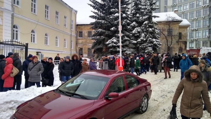 В центре Нижнего Новгорода эвакуировали два здания