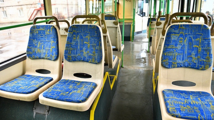 Смотрим поближе: в Ярославль привезли б/у автобусы из Москвы