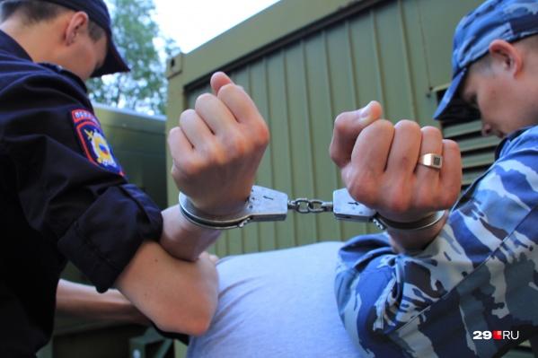 Летом на полицейских завели уголовное дело