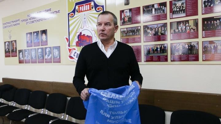 За чей счёт банкет? Челябинский чиновник озвучил цену «наноурн» и ответил на обвинения урбаниста