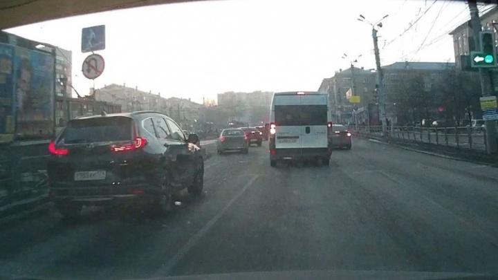 Лови маршрутку: собираем первый урожай нарушений челябинских микроавтобусов