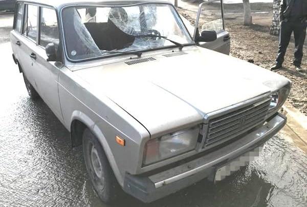 Застыл посреди дороги: момент смертельного ДТП в Башкирии попал на видео