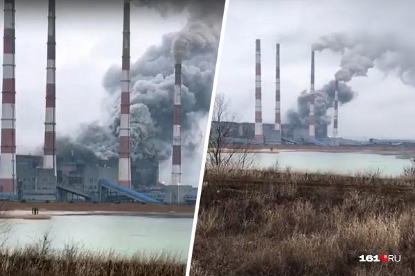 Густой дым местные жители приняли за крупный пожар