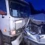 Пострадали женщина и шестилетний мальчик: подробности ДТП с грузовиком и легковушкой