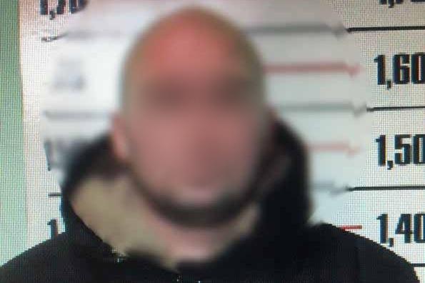 Полицейские Башкирии задержали мужчину, который напал на офис микрозаймов и избил сотрудницу