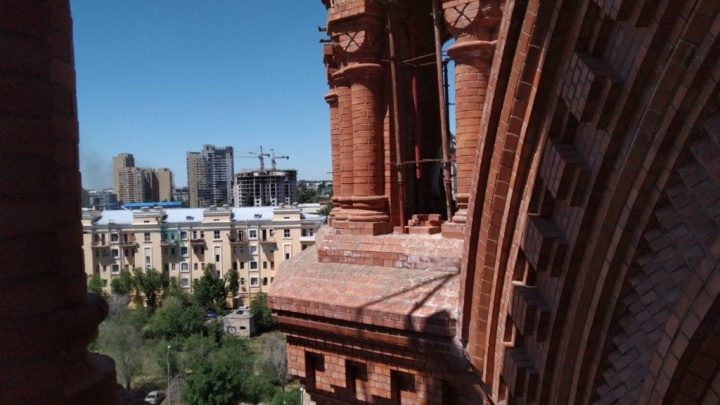 В сквере около собора Александра Невского вырубят деревья