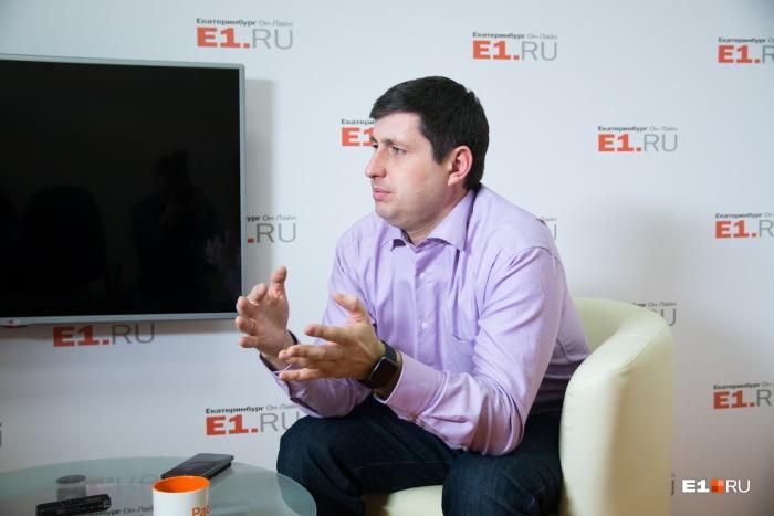 Алексей Беззуб говорит, что по его делу нет никакого движения