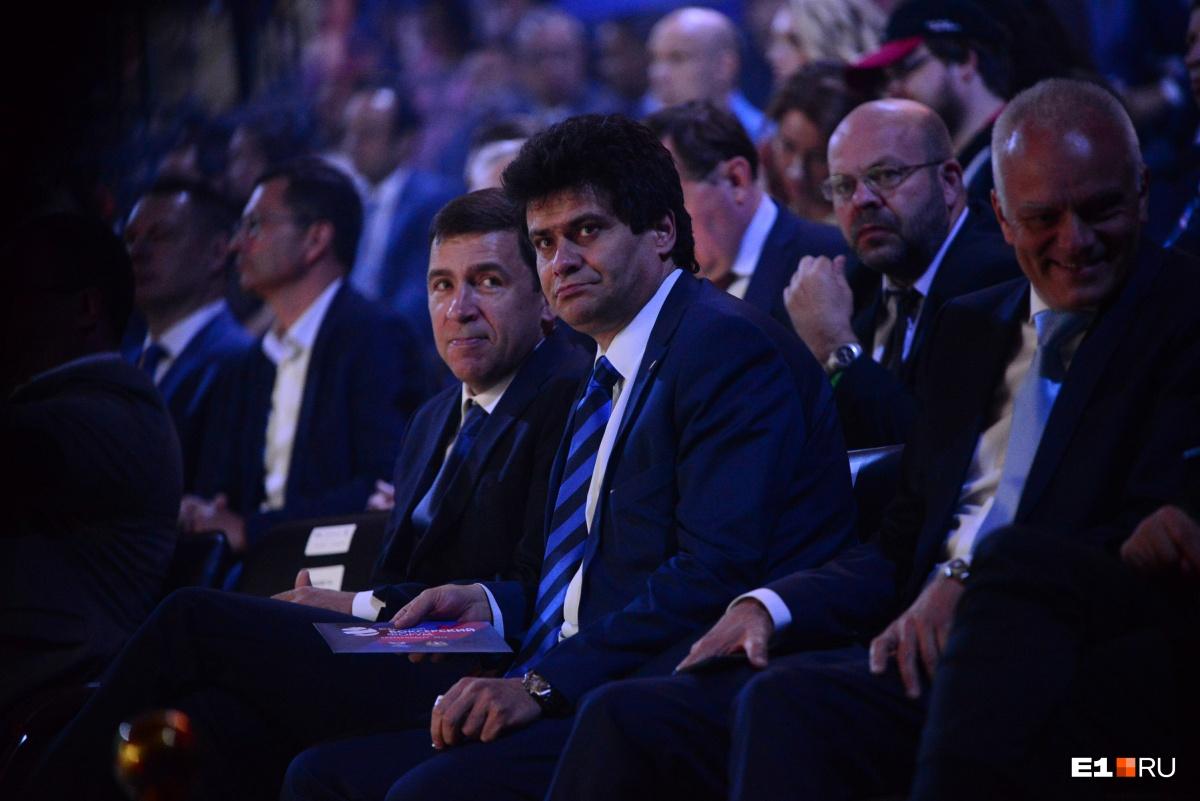 Мэр Екатеринбурга Александр Высокинский тоже пришел посмотреть на церемонию открытия