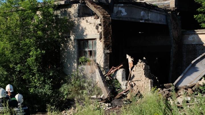 «Не ходите в заброшенные здания»: из-за трагедии на заводе жителям Кунгура напомнили о безопасности
