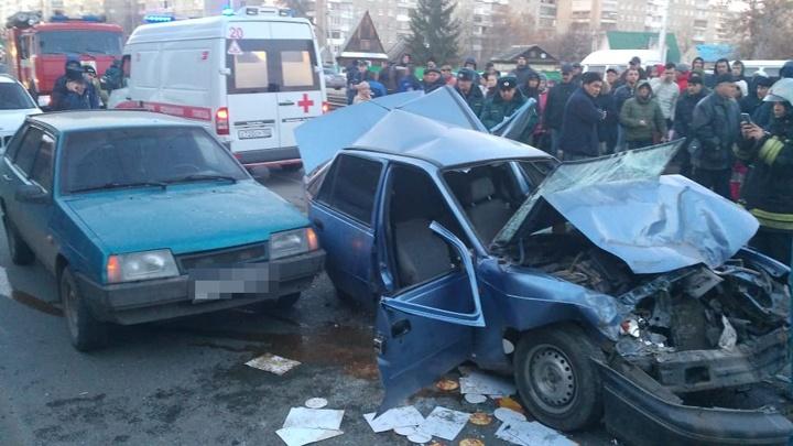 Подробности массовой аварии в Уфе: за рулем Nexia была женщина