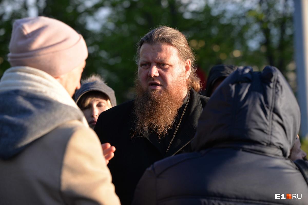Интервью E1.RU с Максимом Миняйло  можно почитать здесь