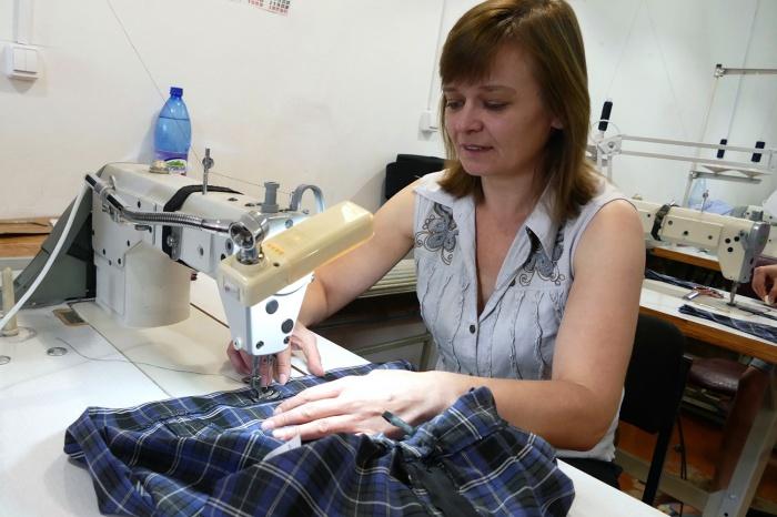 В Новосибирске выросло производство юбок и платьев