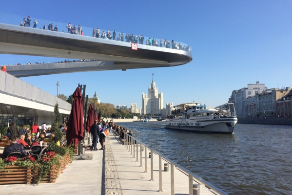 Прототипом станет мост в московском парке «Зарядье» <br> <!--[if !supportLineBreakNewLine]--><br> <!--[endif]-->