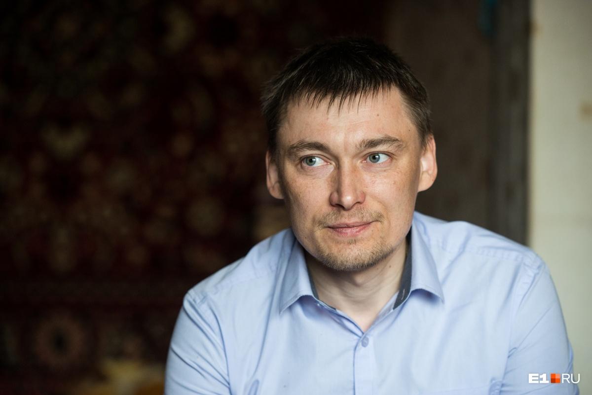 Александр Бессмертных сейчас первый помощник Зайнутдинова по работе в организации