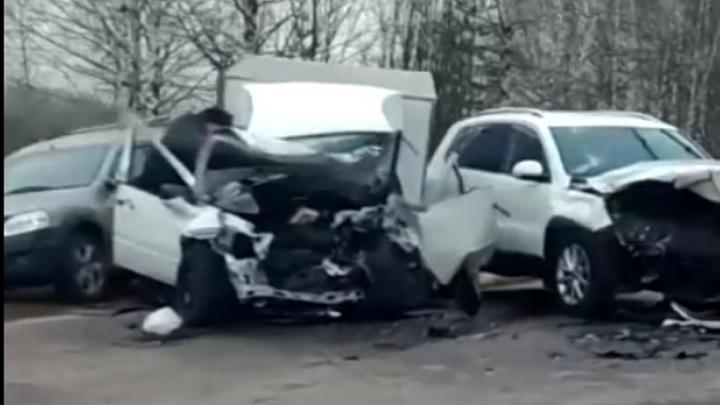 Машины всмятку: в Нижегородской области произошло смертельное ДТП