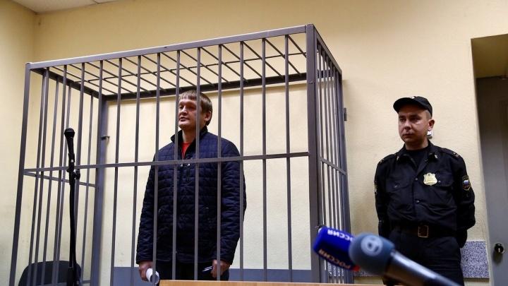 Суд арестовал начальника ОБЭП Екатеринбурга, обвиняемого в превышении должностных полномочий