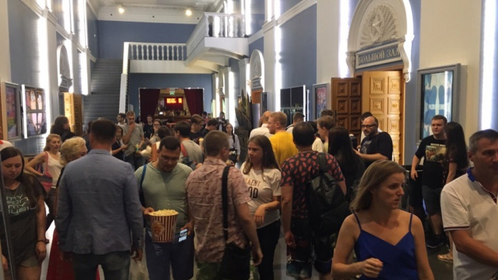 Новосибирцы раскупили билеты на премьеру девятого фильма Тарантино