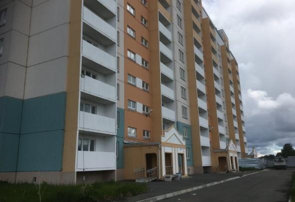 В Тобольске застройщик требует от жительницы доказать, что она купила квартиру