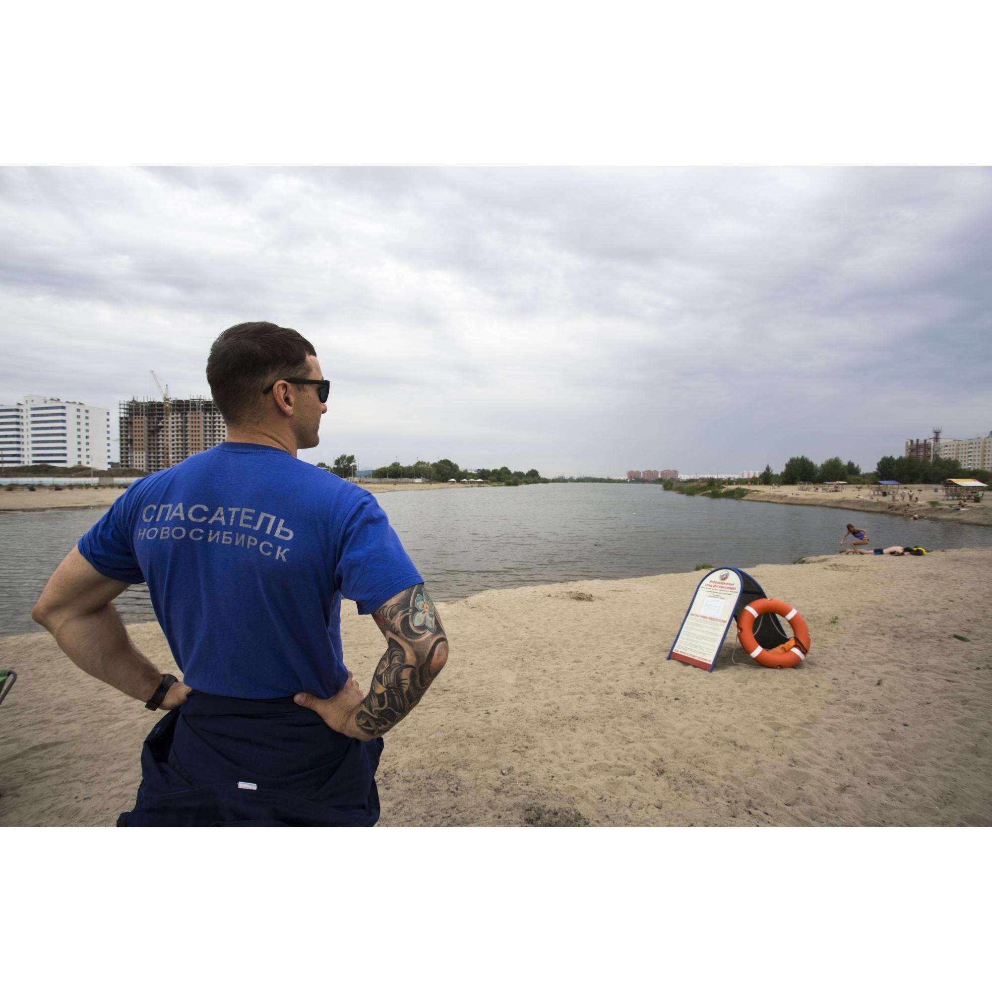 Сами спасатели накладывать штрафы не могут. Шилов отмечает, что в этом могли бы участвовать сотрудники администрации или инспектора ГИМС