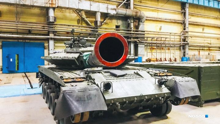 Т-80: история танка, который обстреливал Верховный совет России и штурмовал Грозный