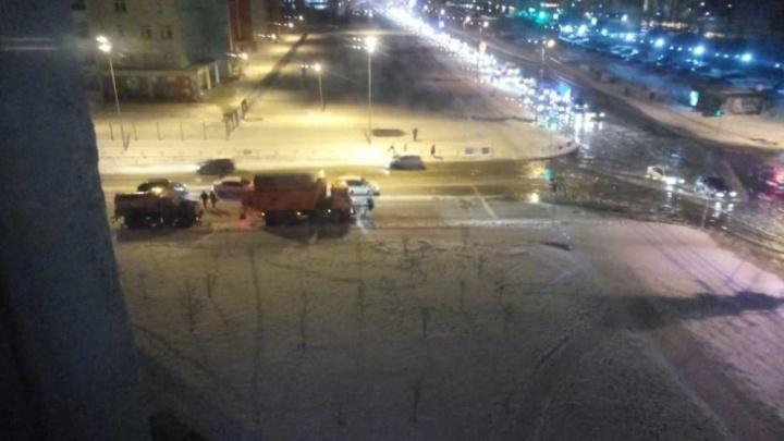 Обстоятельства аварии, приведшей к потопу в «Парковом», заинтересовали прокуратуру