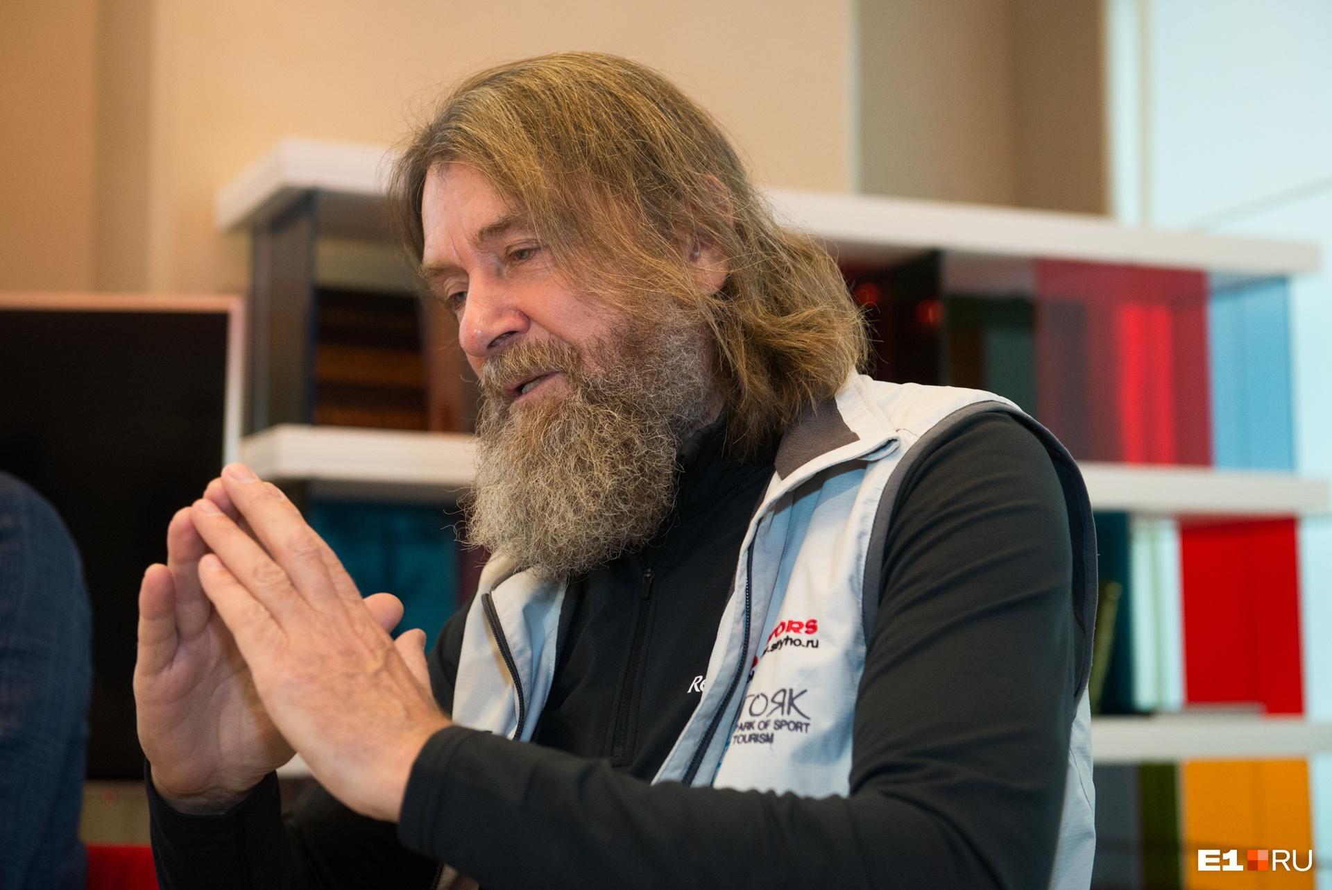 Федор Конюхов — и путешественник, и художник, и писатель. На «Красной площади» представит книгу о Крымской войне