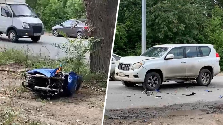 Мотоцикл челябинца разорвало на части после разворота Land Cruiser на ЧМЗ