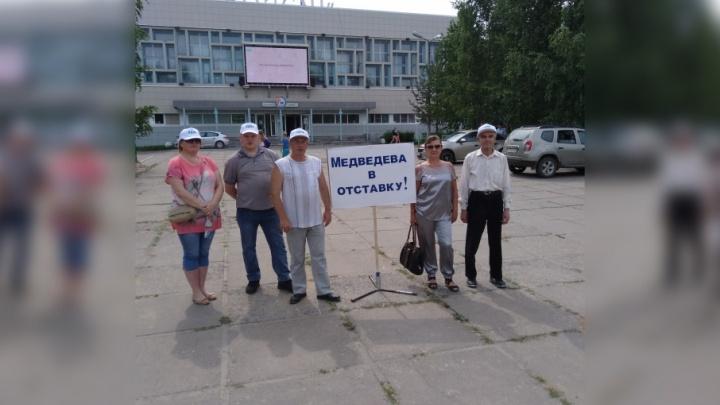 Администрация Новодвинска отправила ЛДПР к мотогонщикам митинговать против пенсионной реформы
