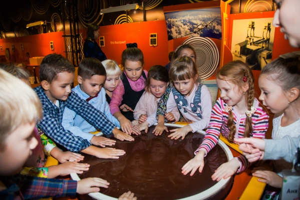 Экспонаты парка через игру помогут школьникам узнать о физических явлениях