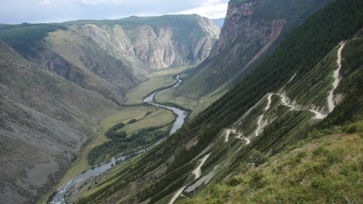 Новосибирец рассказал, как готовит свою машину к поездке в горы