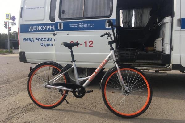 Один из похищенных велосипедов, который удалось вернуть